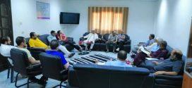 لجنة التنمية البشرية ببلدي زوارة تجتمع بالمؤسسات الشبابية والرياضية