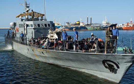 إنقاذ 493 مهاجراً غير قانوني قبالة السواحل الليبية