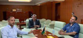 وزير المواصلات يبحث مع رئيس مصلحة المطارات إعادة تشغيل مطار معيتيقة