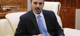 الرئاسي يكلف عماري زايد بمهام وزارة التعليم